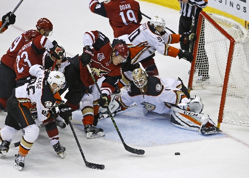 Missed shots latest to derail Arizona Coyotes' offense