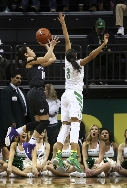 Ruthy Hebard's 29 not enough, Oregon Ducks women downed by No. 17 UCLA Bruins