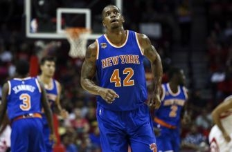 New York Knicks: Lance Thomas Suffers Severe Injury Against Raptors