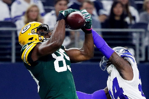 Former South Carolina WR/TE Jared Cook's huge catch helps Green Bay beat Dallas in NFC divisional round