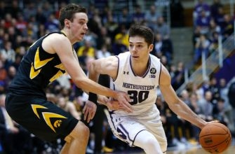 Lindsey, Northwestern roll to easy win over Iowa