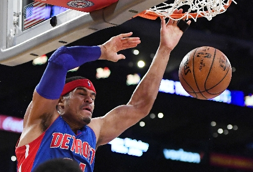Harris hits big 3, Pistons beat Lakers 102-97 to snap skid The Associated Press