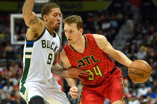 Mike Dunleavy fitting in well early with Hawks