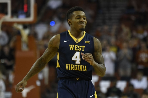 Mountaineers Move Up in Latest Polls
