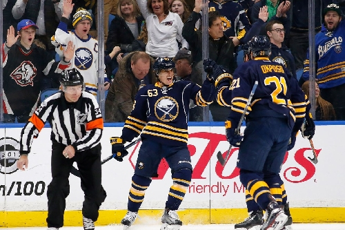 Recap: Eichel powers Sabres to 4-1 win over Stars