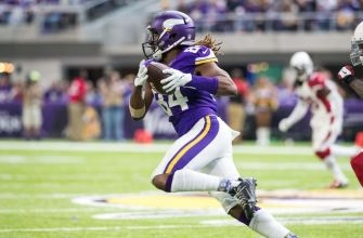 Cordarrelle Patterson named to 2016 PFWA All-NFL and All-NFC teams