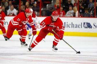 Hurricanes Forward Brock McGinn Awarded NHL's Third Star of the Week