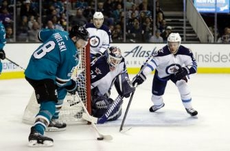 Joel Ward gets goal, assist to lead Sharks past Jets 5-2