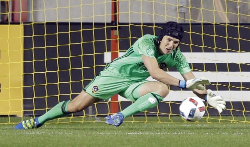 Brian Rowe replaces injured Stefan Frei on U.S. soccer roster