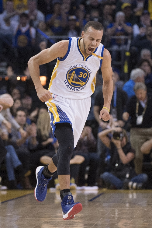 Curry, Durant, Thompson combine for 67, Warriors rout Cavaliers 126-91