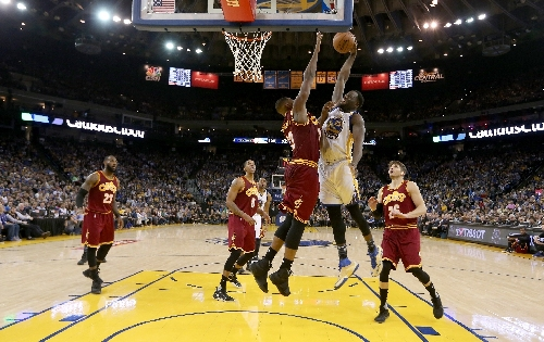 Warriors humble Cavaliers 126-91