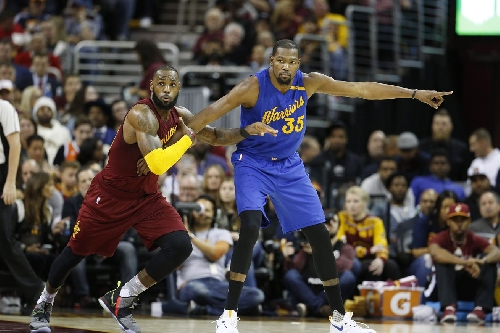 Warriors-Cavaliers matchup offers perspective for Lakers