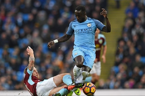 Man City defender Bacary Sagna fined by FA over Instagram post
