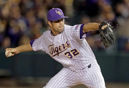 Alden Cartwright's shoulder setback 'breaks my heart for him,' LSU baseball coach says