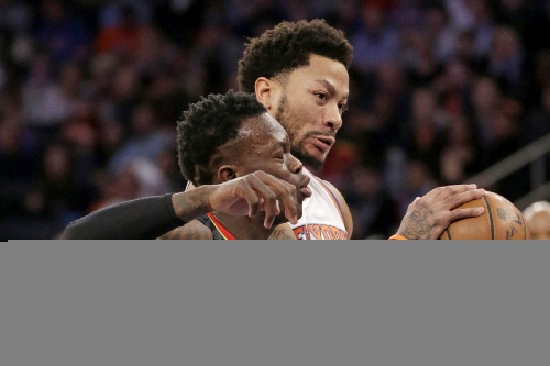 Knicks teammates intervene to keep Derrick Rose from no-call fine