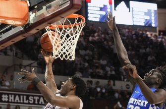 Fox leads No. 5 Kentucky over Mississippi State 88-81