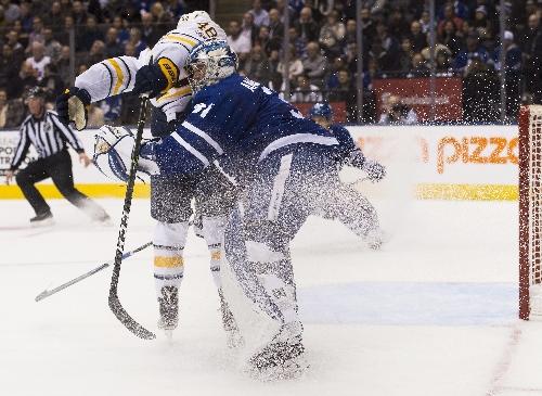Matthews caps 3-goal burst, Leafs beat Sabres 4-3 The Associated Press