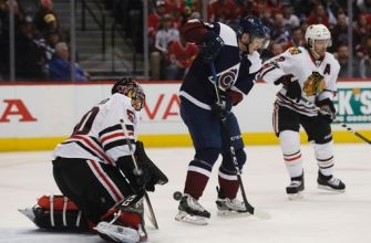 Hinostroza rallies Blackhawks to 6-4 win over Avalanche