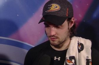 John Gibson picks another win after a strong effort against the Lightning