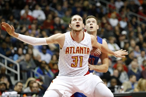 Locked on Hawks podcast: Mike Muscala, mailbag and more