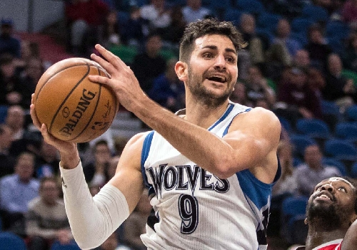 Trending stories: Ricky Rubio on the block, Chris Paul, Oakland and more