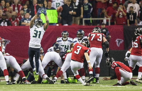 Will the Seahawks keep Kam Chancellor in 2017 and beyond? A look at key issues