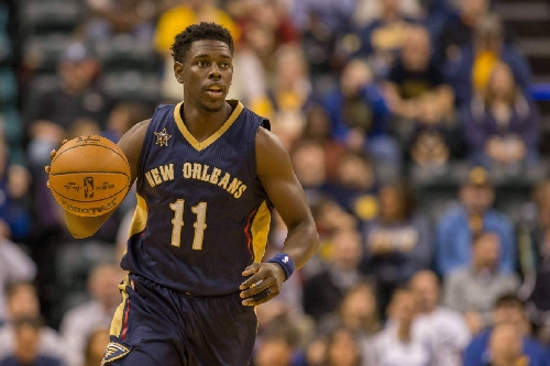 "Lowe: Sixers to take ""hard look"" at impending free agent Jrue Holiday"