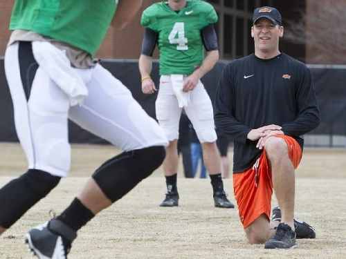 REPORT: Oklahoma State assistant Mike Yurcich takes name out of Auburn OC search