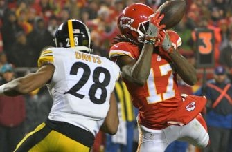Steelers safety Sean Davis fined for helmet-to-helmet hit to Chiefs' Chris Conley