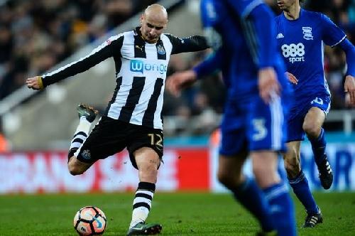 Rafa Benitez reflects on Jonjo Shelvey's return from five-match FA ban