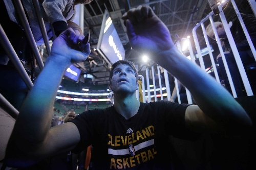 Cleveland Cavaliers, Kyle Korver still getting to know each other