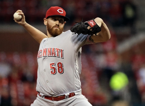 AP source: Marlins acquire Straily for minor leaguers The Associated Press