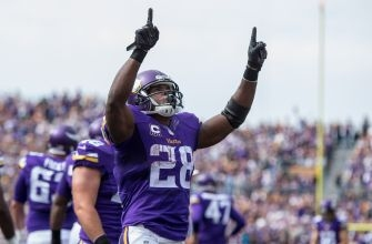 Adrian Peterson reiterates that he wants to remain with Vikings in 2017