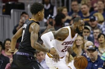 LeBron, Irving lead Cavs to 118-103 win over Suns