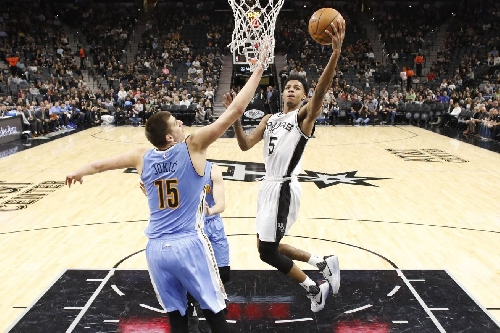 Recap: Nuggets lose hard-fought game to Spurs