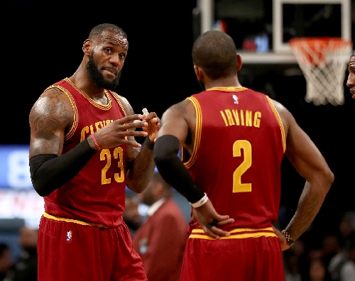 All-stars James, Irving lead Cavs over Suns