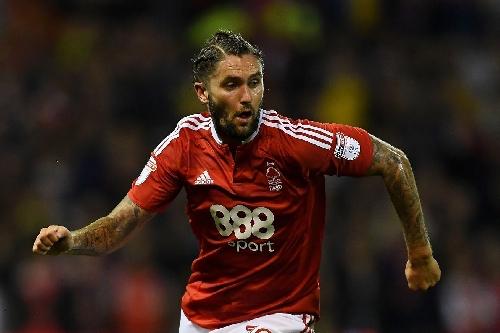 Aston Villa complete deal for Nottingham's Henri Lansbury