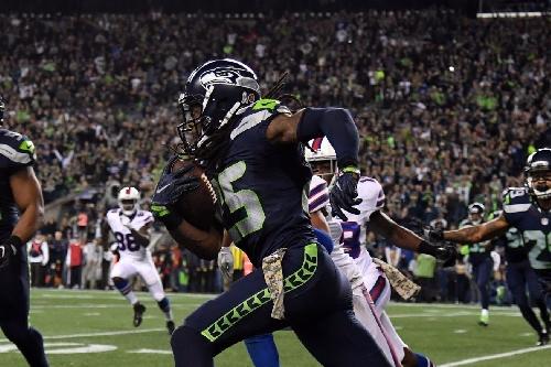 Richard Sherman likely injured knee against Bills on Monday Night Football