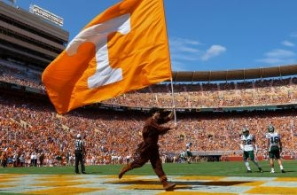 Tennessee Football Names Larry Scott as Vols New Offensive Coordinator: Press Conference Video