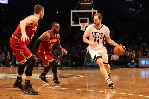 Making sense of how the Cavs defend the pick and roll