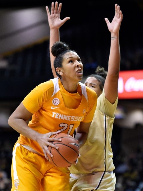 Lady Vols' turnovers don't get defense off hook