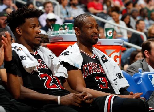 Wade apologizes, Butler fumes over bitter NBA Bulls loss