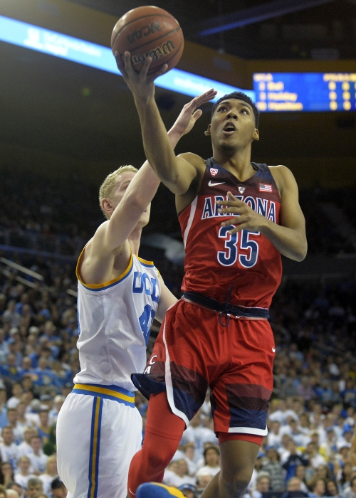 No. 14 Arizona Wildcats basketball shuts down No. 3 UCLA in road win