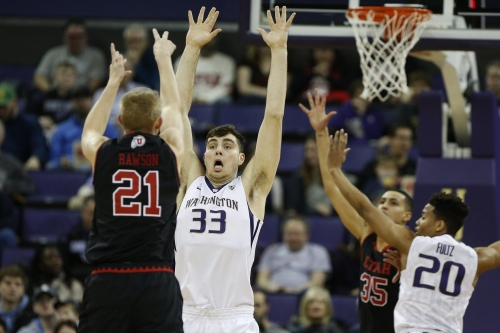 No magic comeback for Huskies this time as Utah walks away with 94-72 Pac-12 victory