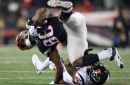 New England Patriots: Martellus Bennett Playing With Cracked Bone