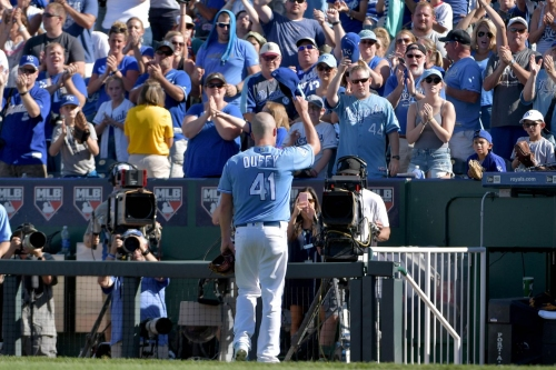 Royals trying to keep Cleveland honest in AL Central