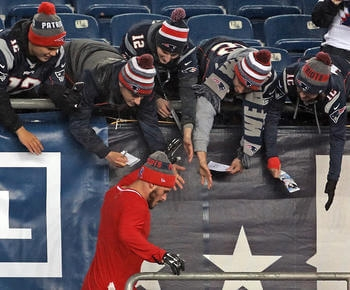 Live: Malcolm Mitchell in for Michael Floyd, Pats have seven healthy scratches