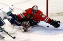 Toews' late goal leads Blackhawks past Canucks The Associated Press