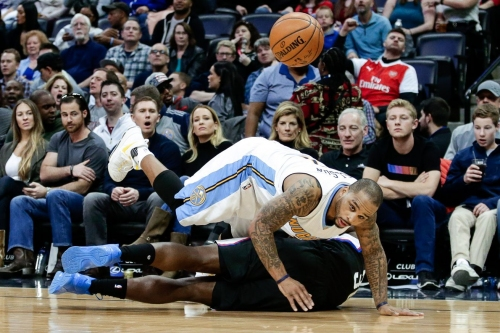 Rumor: Cleveland Cavaliers considering trade for Jameer Nelson
