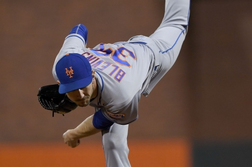 The Giants might be looking for more left-handed bullpen help